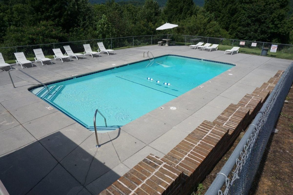 One of our two swimming pools at Townsend River Breeze Inn