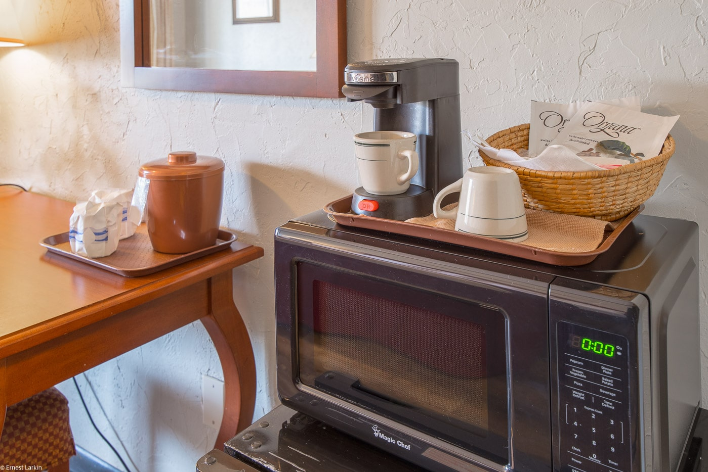 Townsend River Breeze Inn - Double Queen Kitchennette3
